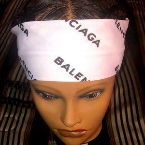 Cute and stylish headband! NWT